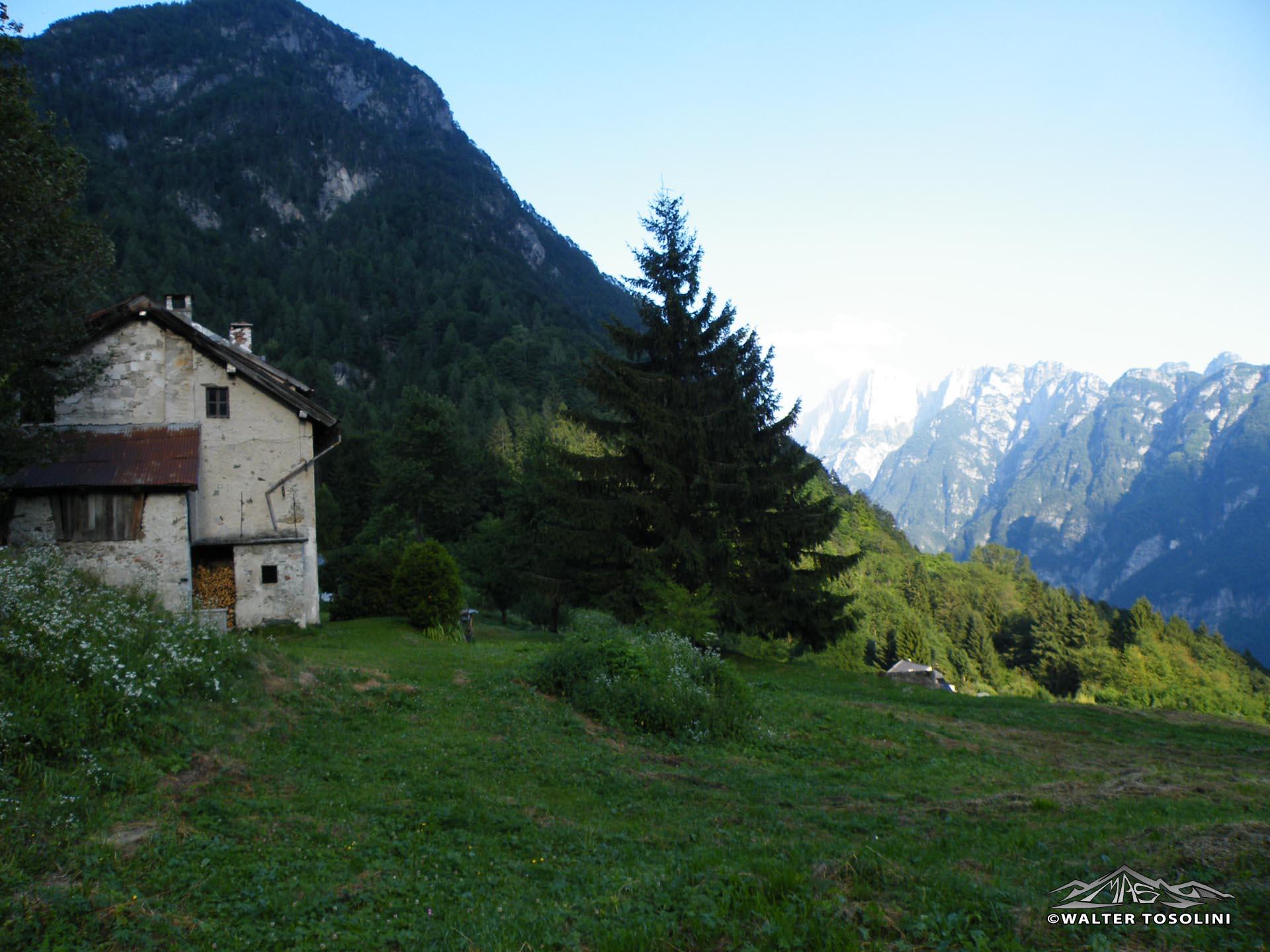 Mincigos vecchia e le morosine escursionismo for Casa di 8000 piedi quadrati