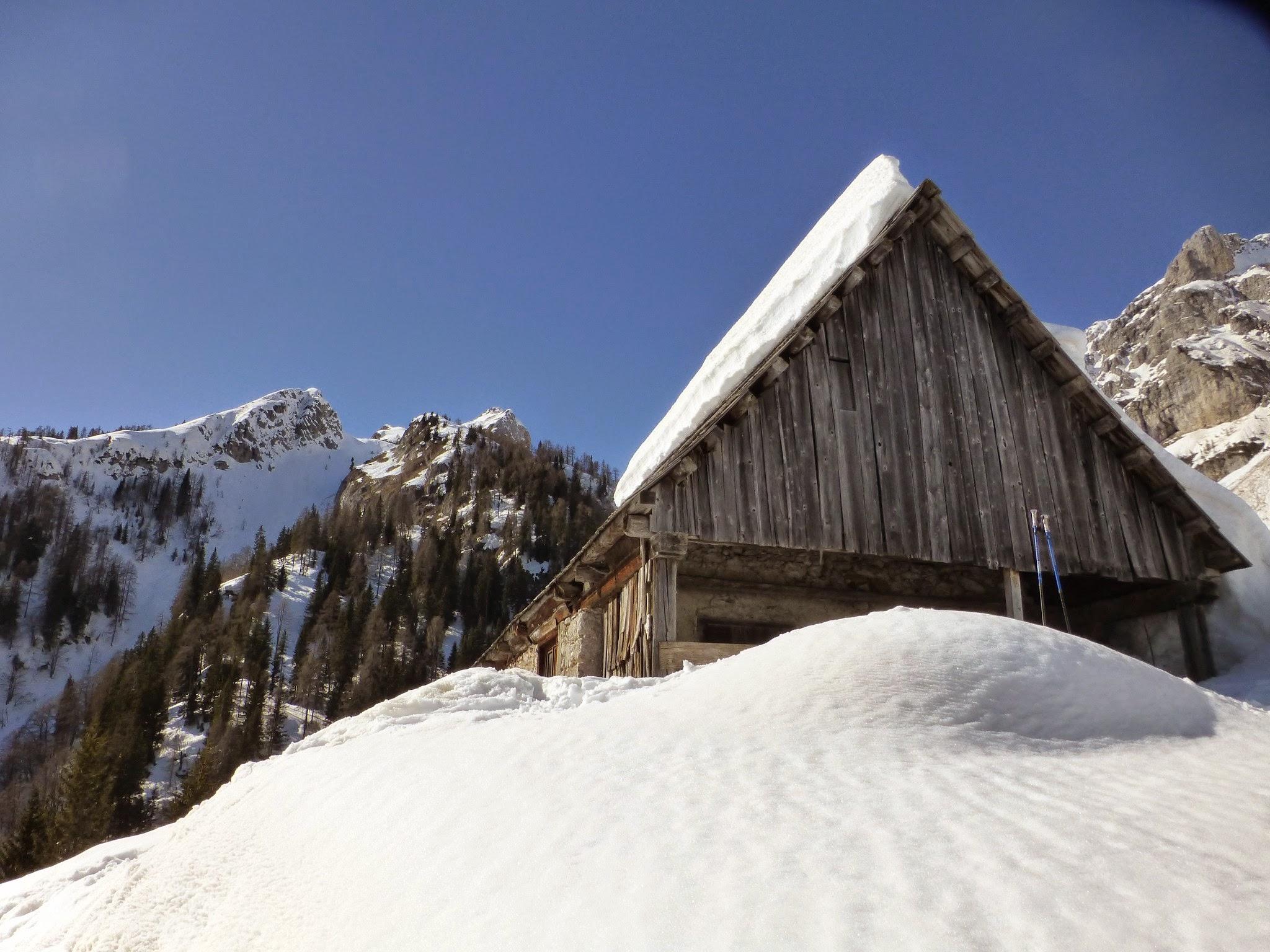 Vista della casera (foto di Luca Driutti)