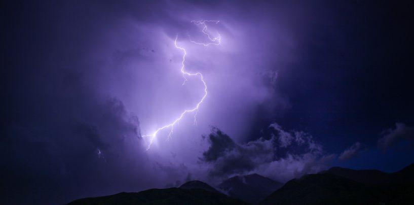 Temporali e fulmini in montagna, come proteggersi.